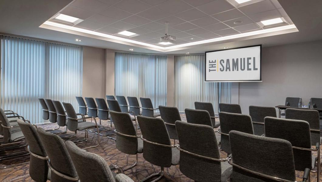 Theatre-Style-The-Samuel